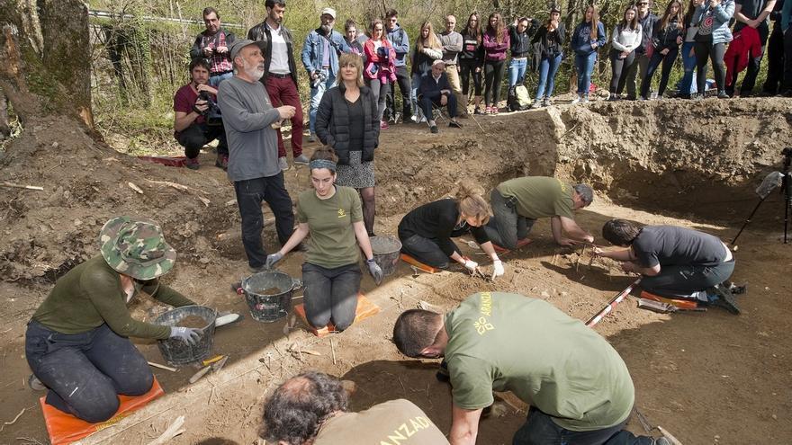 Localizados en la fosa de Burutain los restos de siete personas fugadas de San Cristóbal en 1938