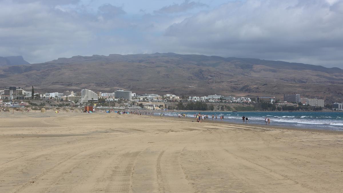 Cielos nubosos en Playa del Inglés.