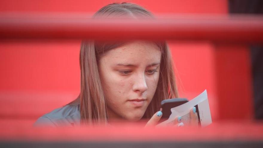Argentina, el país de Latinoamérica donde niños reciben celular a más corta edad