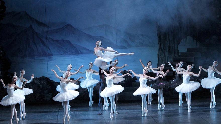 Lago de los Cisnes, Russian National Ballet