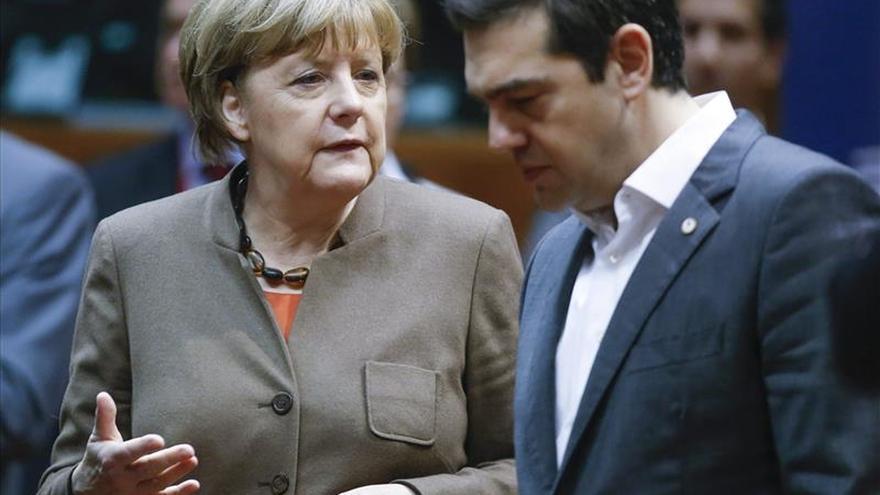 Merkel y Renzi dejan patente su desacuerdo sobre la integración de la eurozona
