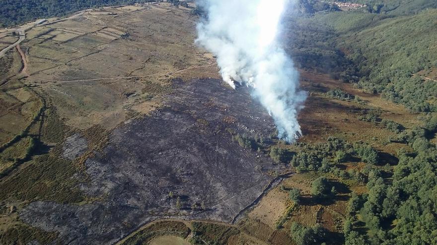 Activo solo el incendio provocado en Lanchares