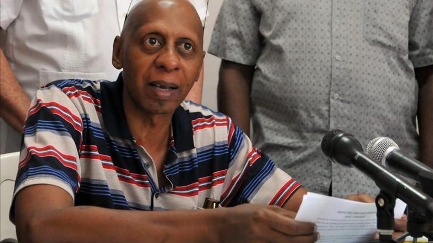"""El opositor Guillermo Fariñas denuncia en EE.UU. un """"genocidio social"""" del régimen cubano"""