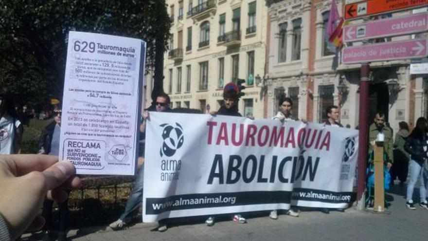 Manifestación contra los toros en Albacete / Foto: Podemos Albacete