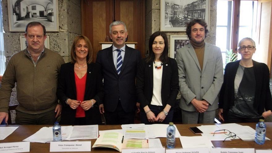 Los gobiernos de Navarra y Valencia se adhieren al convenio para la defensa del multilingüismo en España