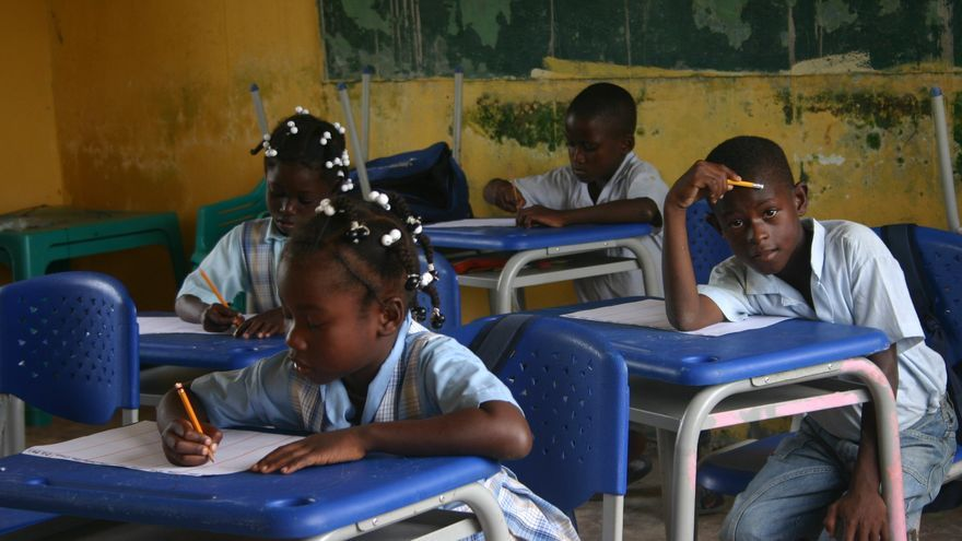 En el ámbito educativo se tiene en cuenta cada vez con mayor fuerza la necesidad de incluir las TIC. Foto: OEI