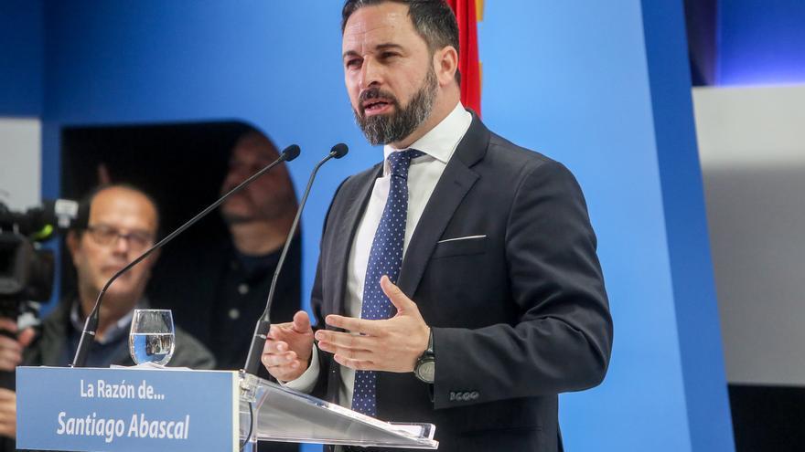 """Abascal replica a Sánchez que lo que le gusta es """"encamarse con la hidra comunista, separatista y filoetarra"""""""