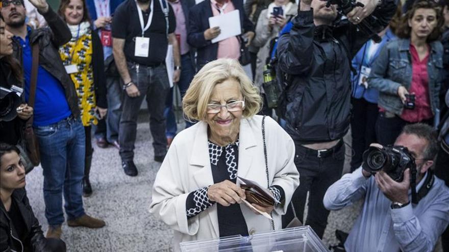 Manuela Carmena se ve alcaldesa de Madrid tras hablar con Carmona