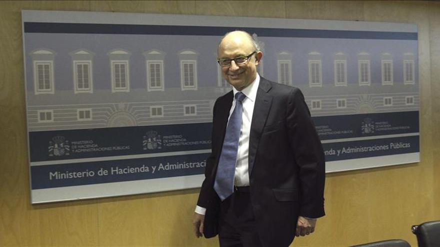 Hacienda analiza con las CCAA los objetivos de estabilidad y deuda hasta 2018