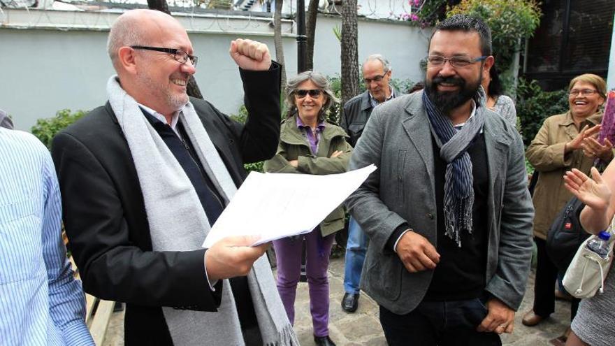 Pareja gay colombo-española emprende batalla legal por el registro de su matrimonio