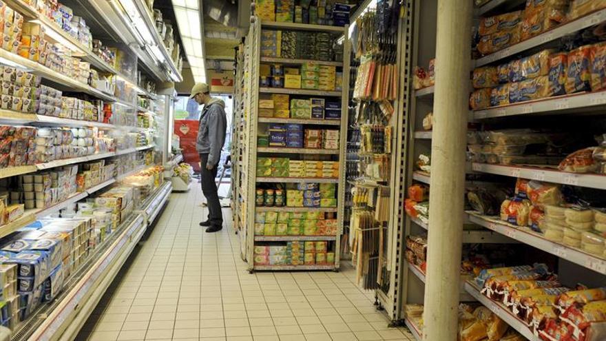 Los precios bajan en julio en Francia y la inflación interanual se estabiliza