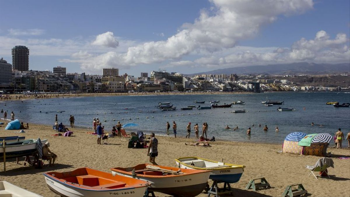 Playa de las Canteras, en Gran Canaria