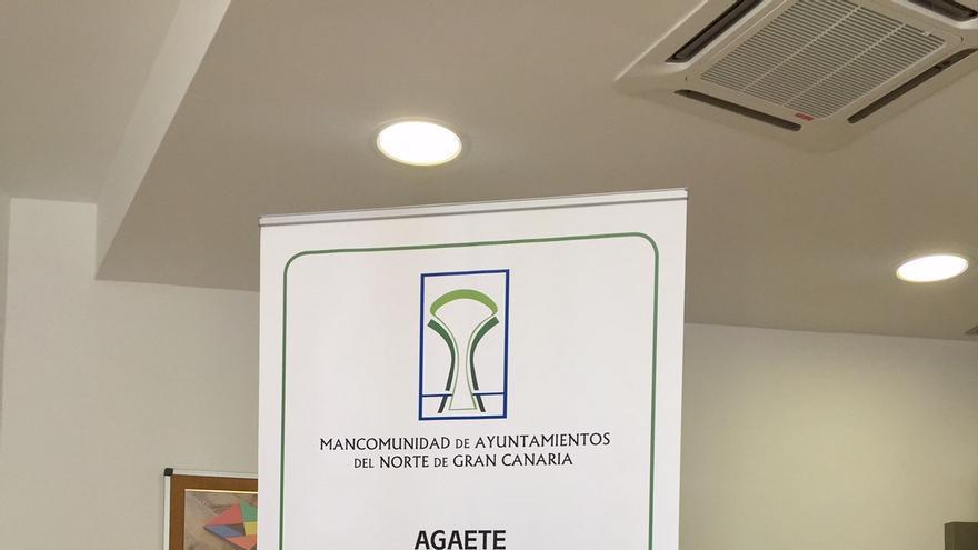 El Consejero de Sector Primario y Soberanía Alimentaria del Cabildo de Gran Canaria, Miguel Hidalgo Sánchez y el Presidente de la Mancomunidad del Norte, Pedro Rodríguez Pérez.