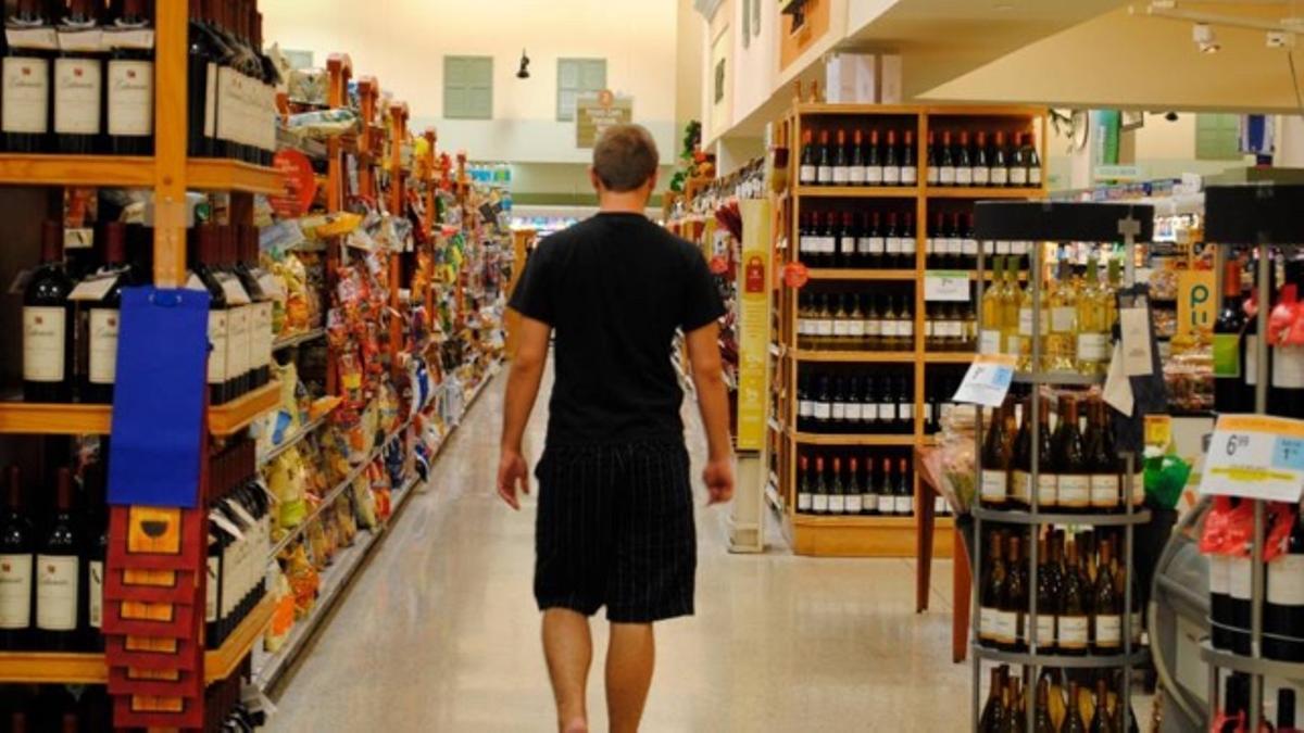 Vinos en un supermercado