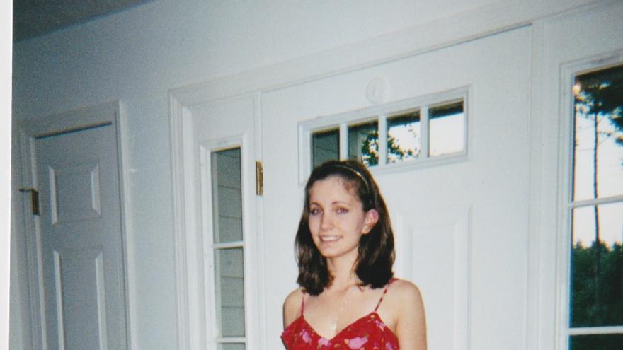 Emily Lindin en sus años de instituto.