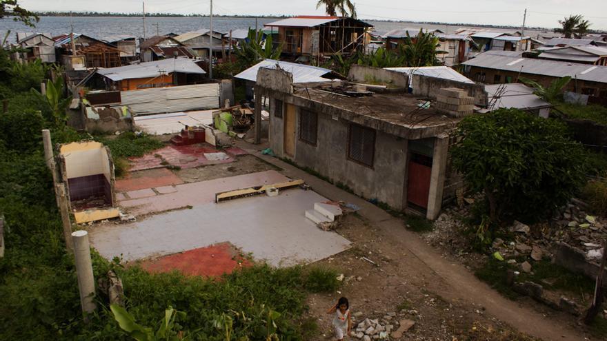 El barangay de Magallanes fue uno de los más afectados por el ciclón en Tacloban. Foto: Carlos Sardiña Galache.
