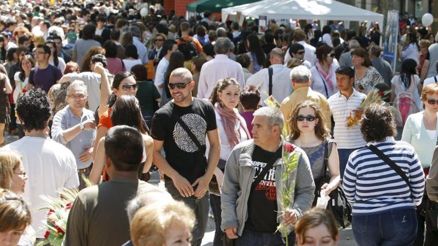 Cataluña supera los 7,6 millones de habitantes tras el mayor aumento en 10 años