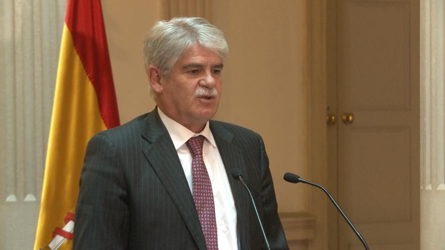 """Dastis no tiene """"ninguna compasión"""" por Puigdemont, que ha """"ignorado tan descaradamente"""" la legalidad"""