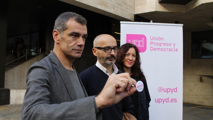 Cantó, Gómez y Andújar presentan la campaña 'Yo denuncié a Bankia'