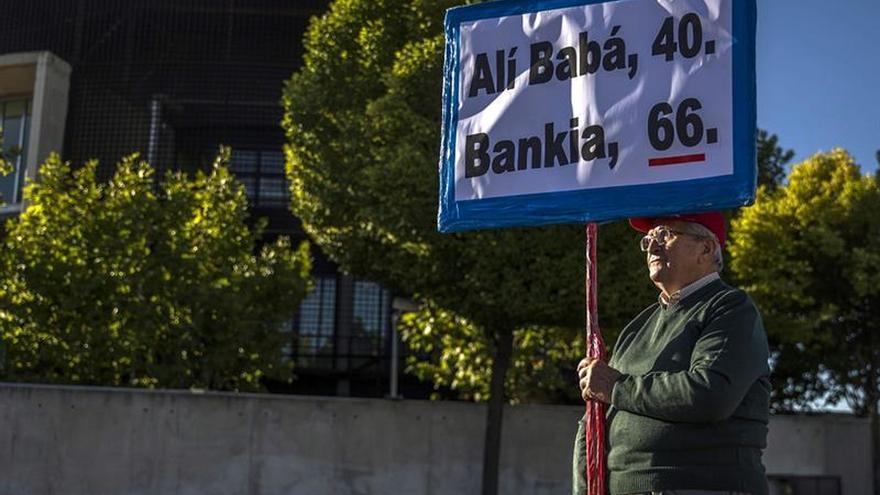Bankia y el FROB defienden su condición de perjudicados por las tarjetas opacas