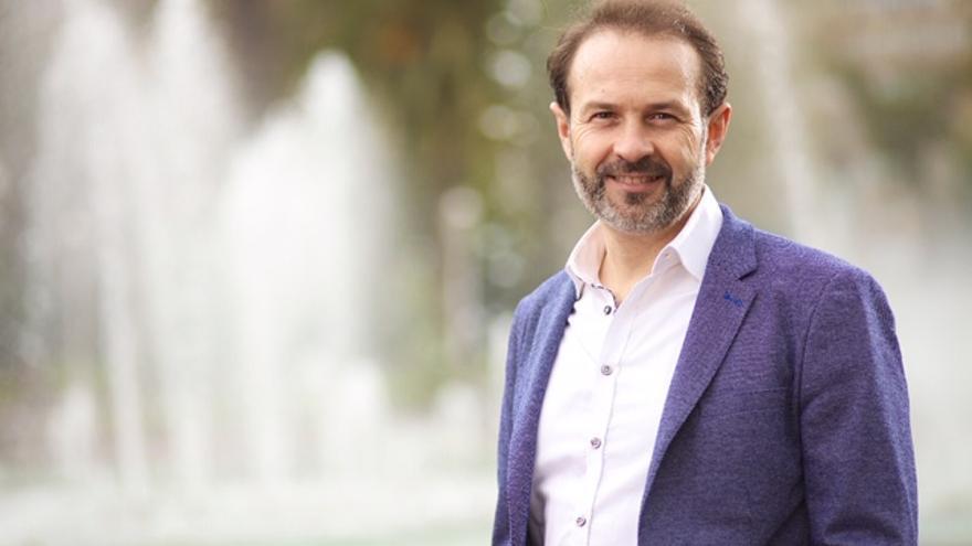 """José Ramón Becerra (Equo Berdeak): """"Que sea de la izquierda o no sea de la izquierda no es lo esencial a la hora de apoyar un Gobierno"""""""