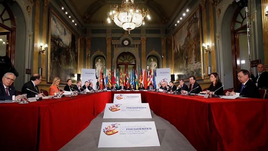 La Conferencia de Presidentes se reunirá cada año, con evaluaciones semestrales