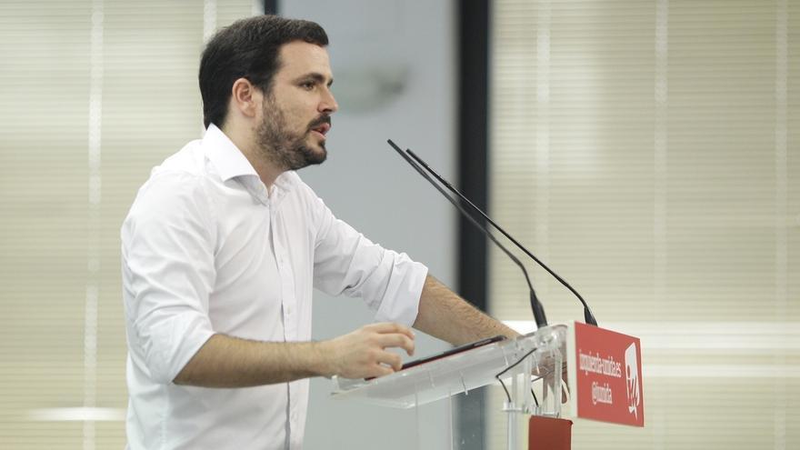 """IU llama a la movilización y exige la dimisión de Rajoy por la """"brutalidad"""" y la """"represión"""" en Cataluña"""