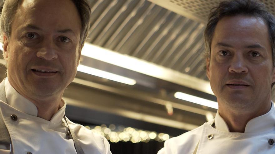 Los cocineros Javier y Sergio Torres.