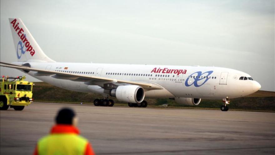 """Air Europa recibe el premio """"Empresa del Año"""" de  la Cámara de Comercio en Bélgica"""