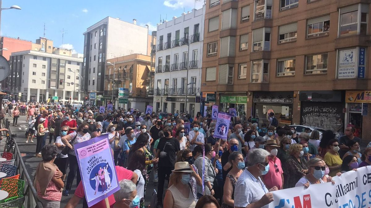 La manifestación al paso por Bravo Murillo