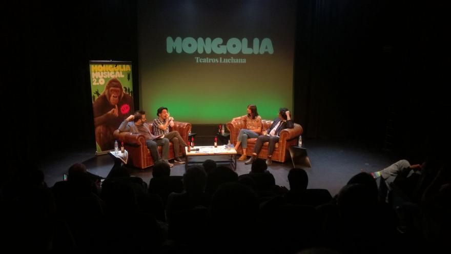 Rita Maestre en el coloquio con la revista Mongolia