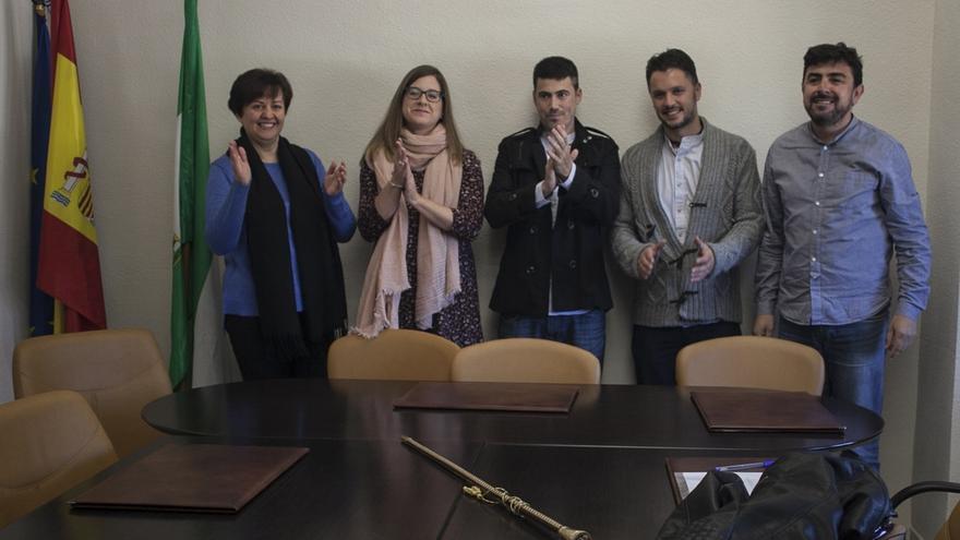 Cristóbal González, nuevo alcalde de Cuevas del Becerro tras prosperar la moción de censura de IU y Más Pueblo