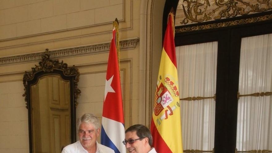 España y Cuba preparan una visita de alto nivel a la isla, posiblemente de los Reyes, en enero de 2018