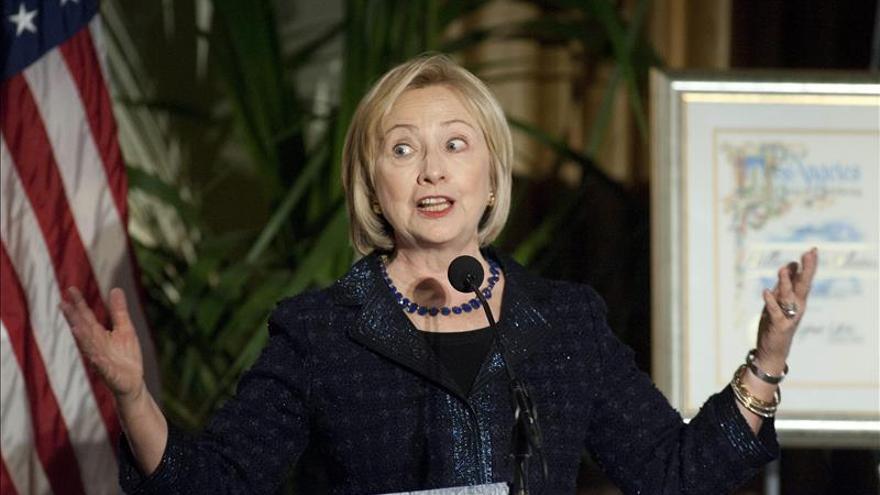 Hillary Clinton arrasa entre los posibles candidatos demócratas para 2016