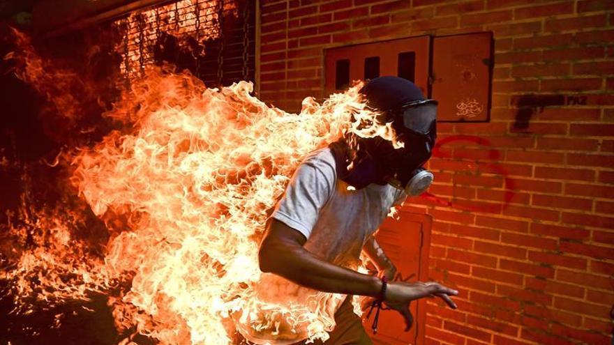 Una imagen de las protestas en Venezuela, nominada al World Press Photo