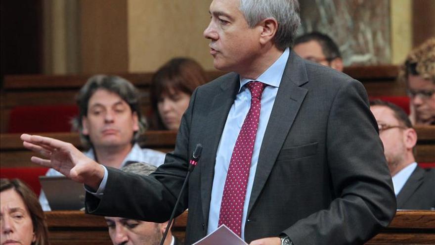 Críticos del PSC alertan a Navarro del riesgo de empequeñecer el partido