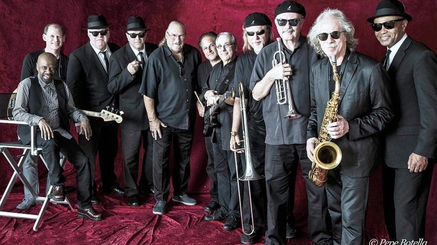 The Original Blues Brothers Band toca el jueves en Bilbao y el domingo en Pamplona.