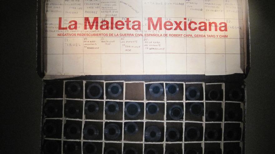 Exposición de 'La Maleta Mexicana' en la Bienal de Fotografía de Córdoba.