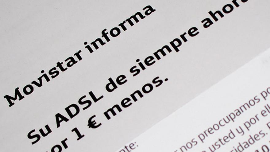 Carta en la que Movistar informaba de una rebaja en el precio a sus clientes (Foto: Keith Williamson   Flickr)