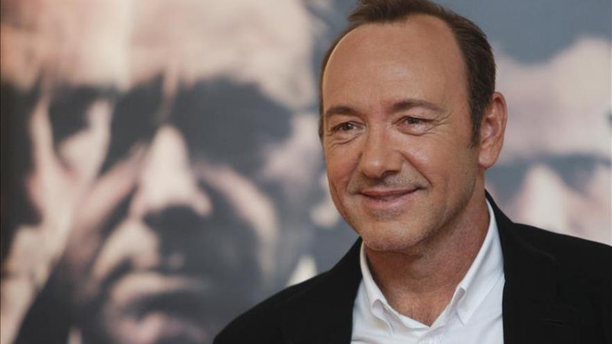 """Kevin Spacey asegura que aún no lo sabe """"todo de Frank Underwood"""""""