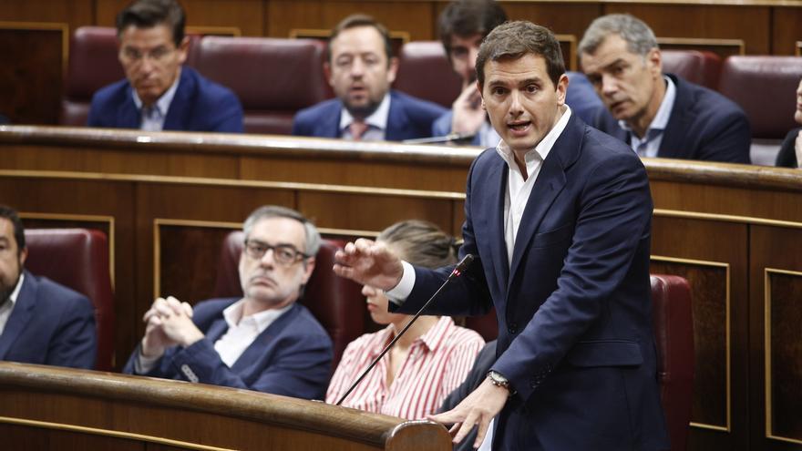 Cs lleva este martes al Pleno del Congreso la polémica sobre la defensa de Llarena frente a Puigdemont