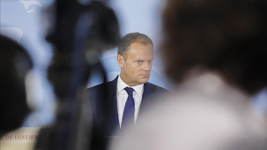 Tusk anunciará el jueves si convoca una cumbre por la crisis de los refugiados