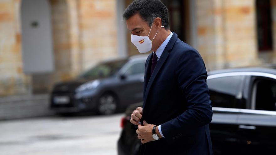 Sánchez preside la comisión para estudiar nuevas medidas ante los delitos de odio
