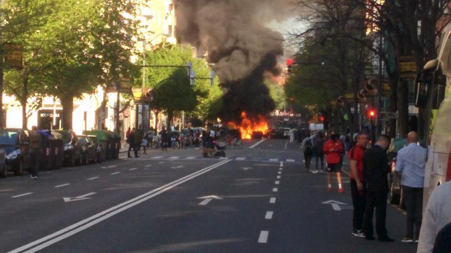 Incidentes en la Gran Vía de Bilbao durante las protestas contra el mitin de Vox