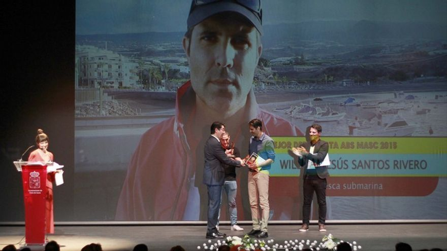 William Santos recoge el premio al mejor deportista de 2015