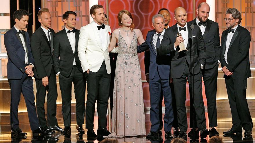 'La La Land' gana siete Globos de Oro y bate todos los récords de la ceremonia