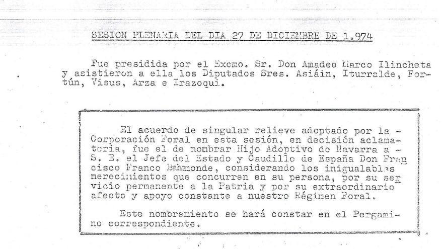 Esta es el acta de la decisión de la Diptuación que nombra Hijo Adoptivo al caudillo.