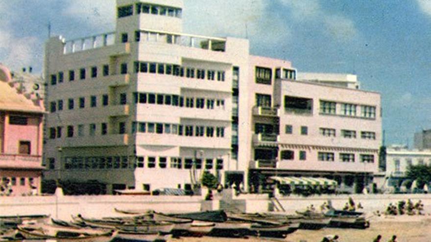 Edificio del Real Club Victoria, 1964. (Fedac).