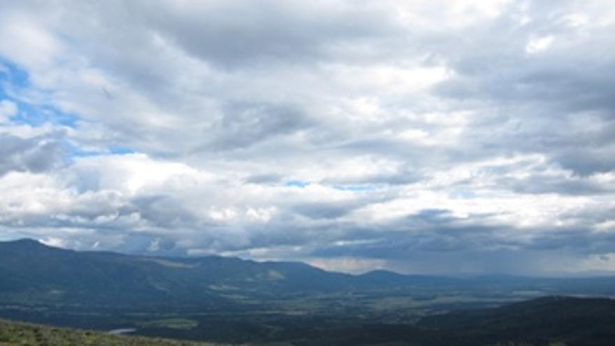 Nubes con riesgo de lluvia