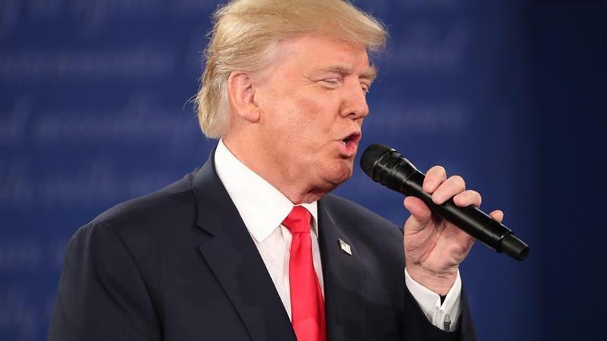 Una mayoría de rusos prefiere a Trump como presidente de EEUU